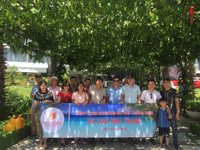 Khách hàng tour Nha Trang