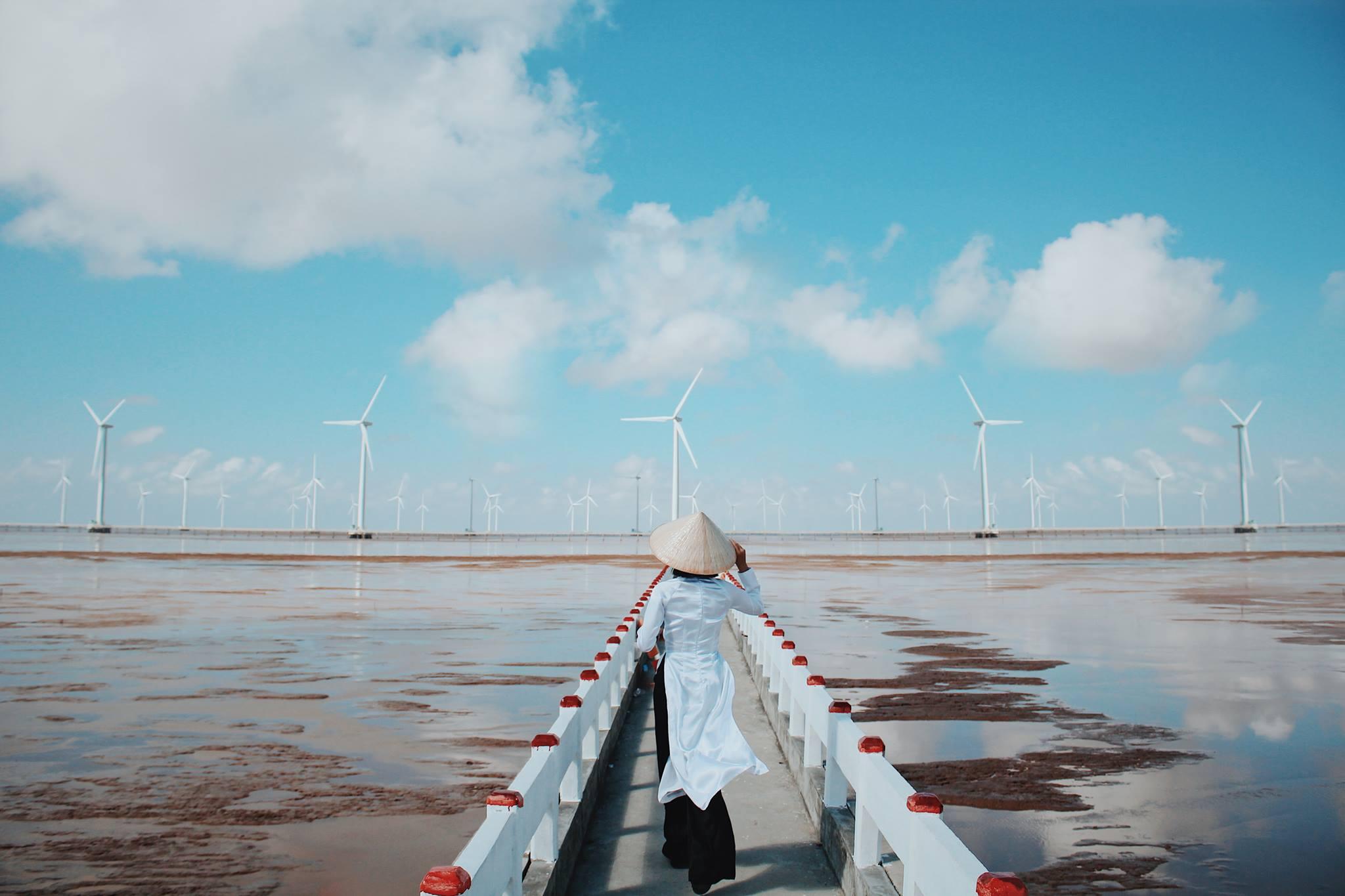 cánh đồng máy điện gió Bạc Liêu – du lịch Sóc Trăng