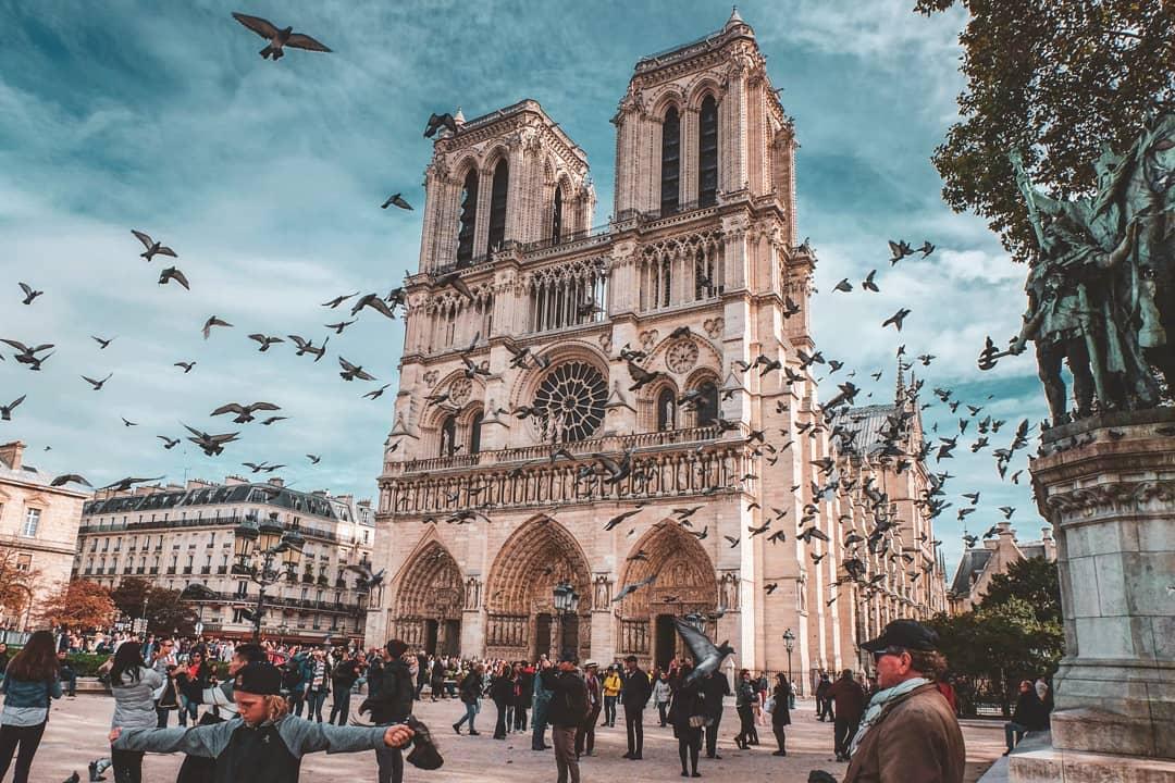 nhà thờ đức bà paris pháp nhất long travel