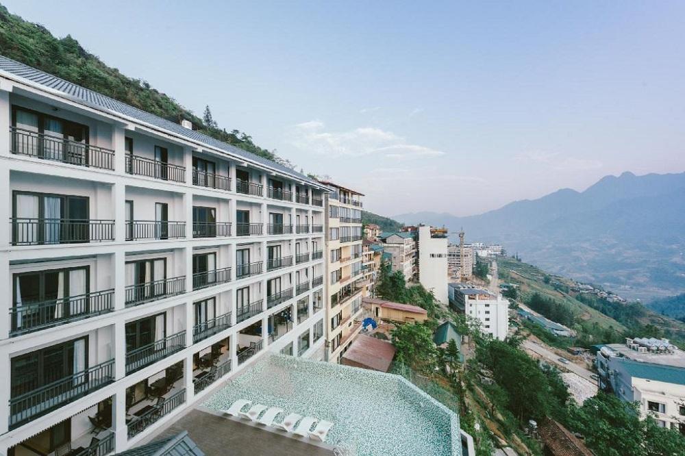 khách sạn view núi ở sapa 3